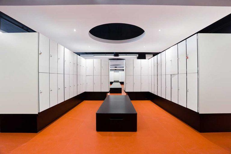 mondragones-vestuario1-galeria